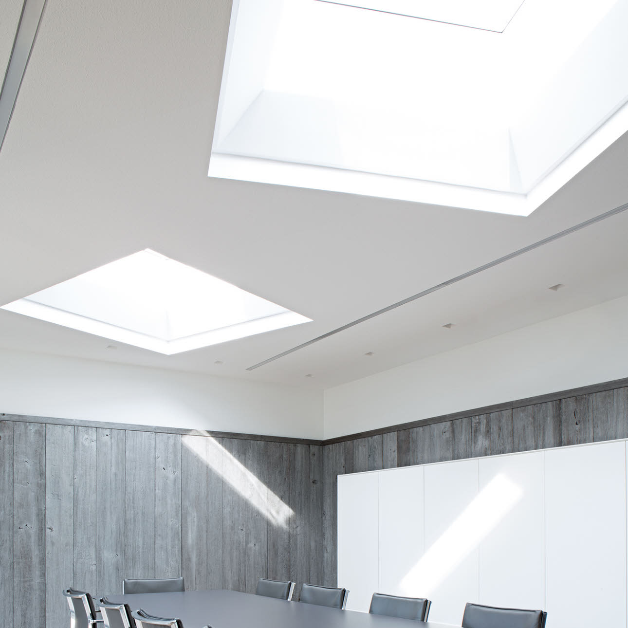 Flat roof Velux Blind in boardroom
