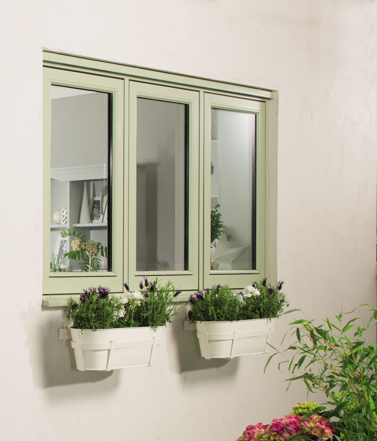 Elegant Casement Plain Glazed Conservation Green Timber Window