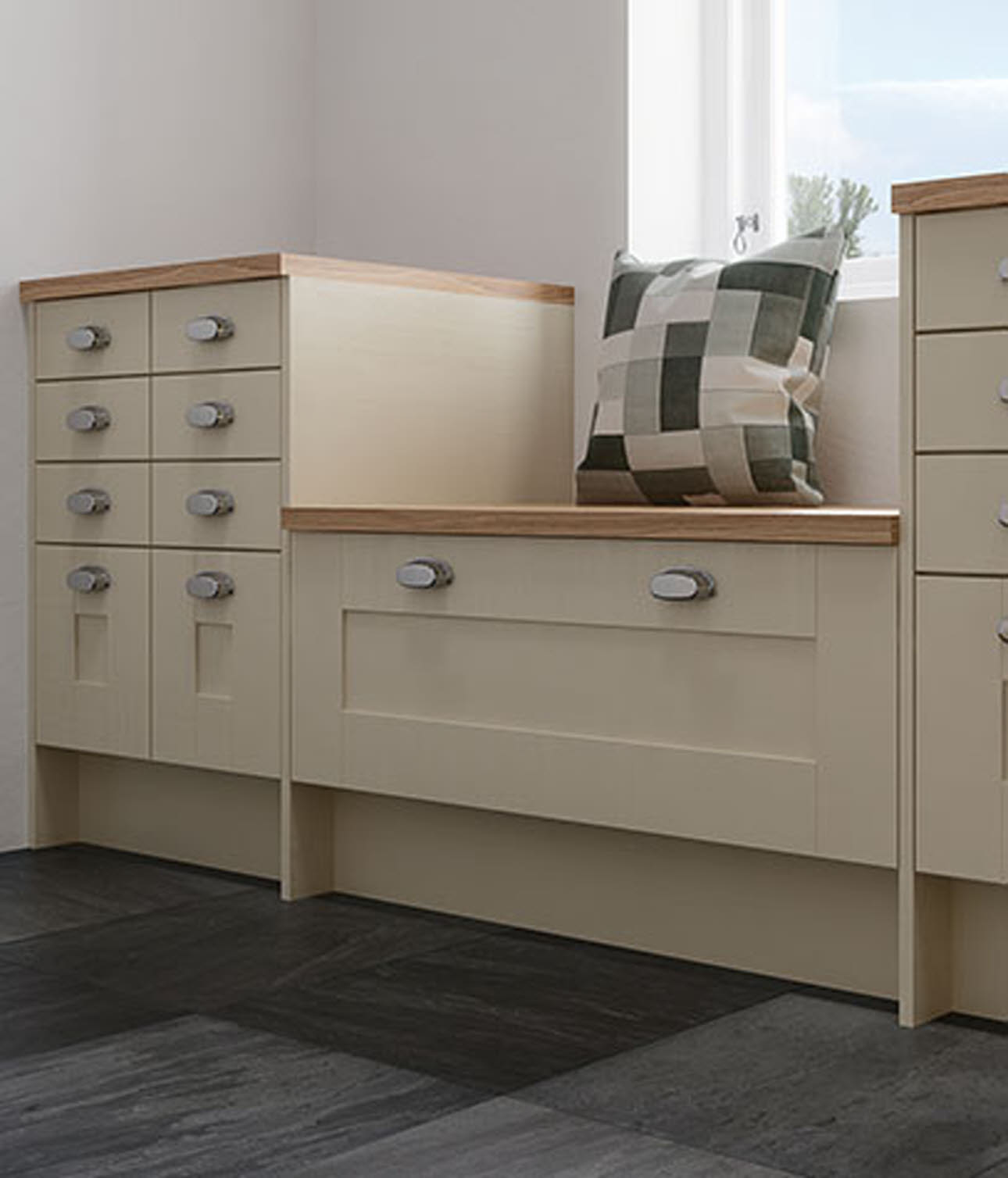 Winchester Cream Wood Kitchens Magnet Trade