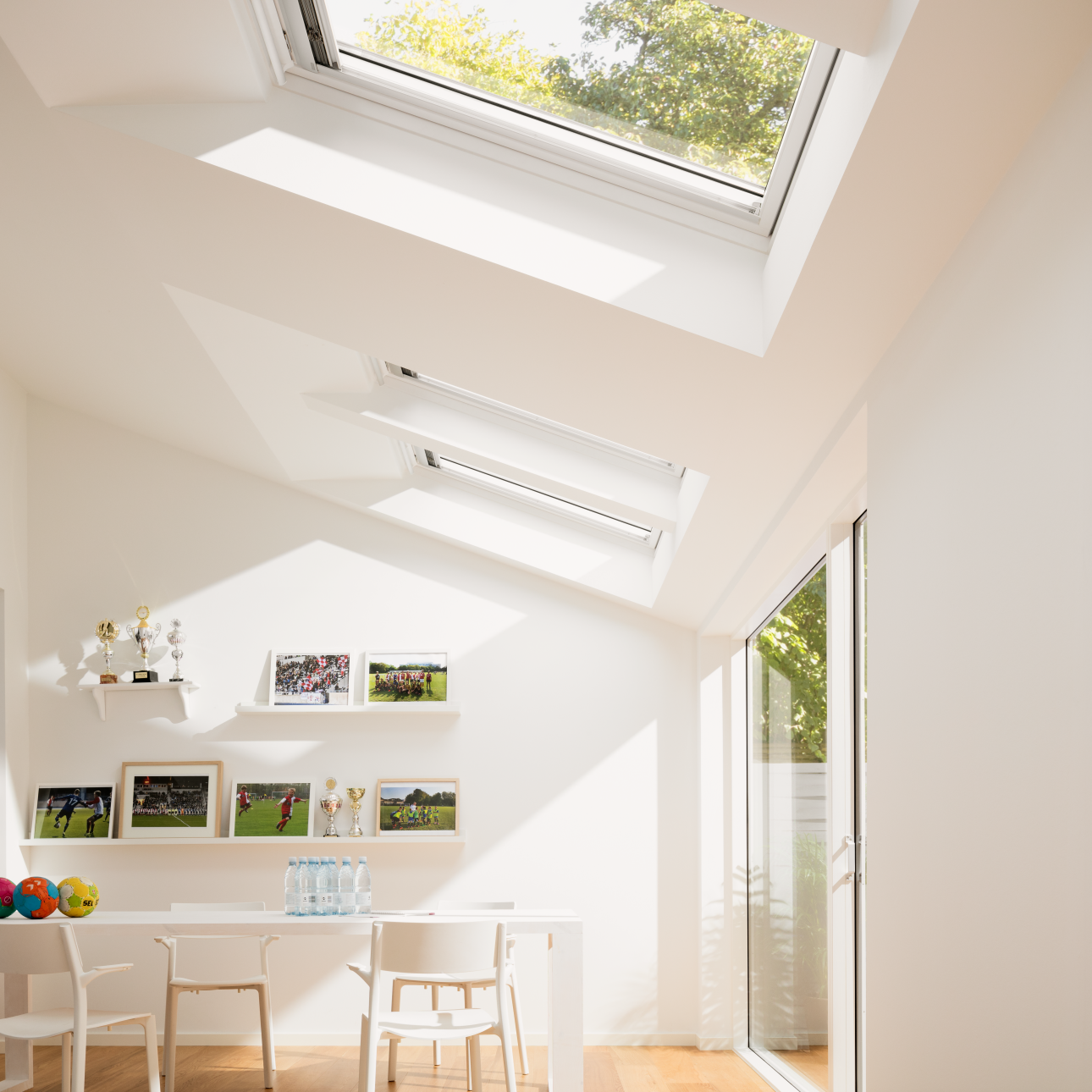 VELUX INTEGRA GGL electric white painted