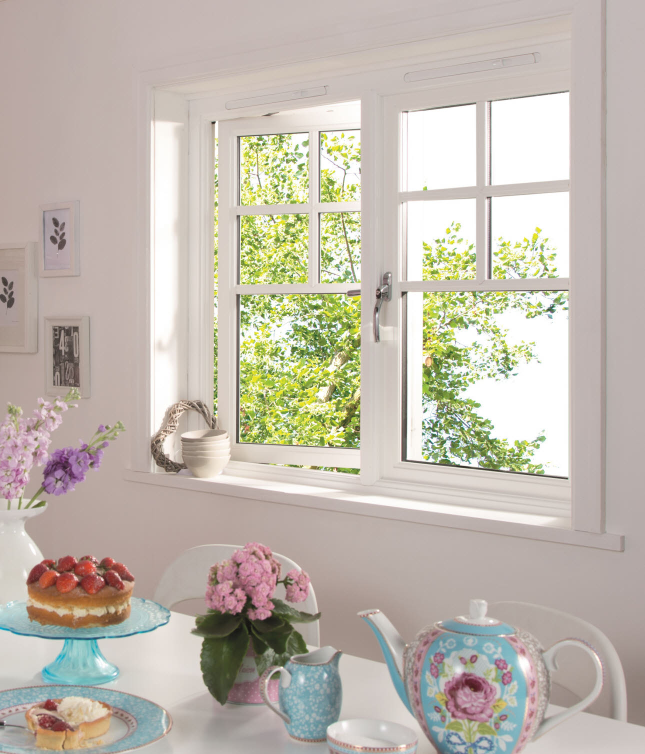 JELD-WEN Standard Victorian Timber Window