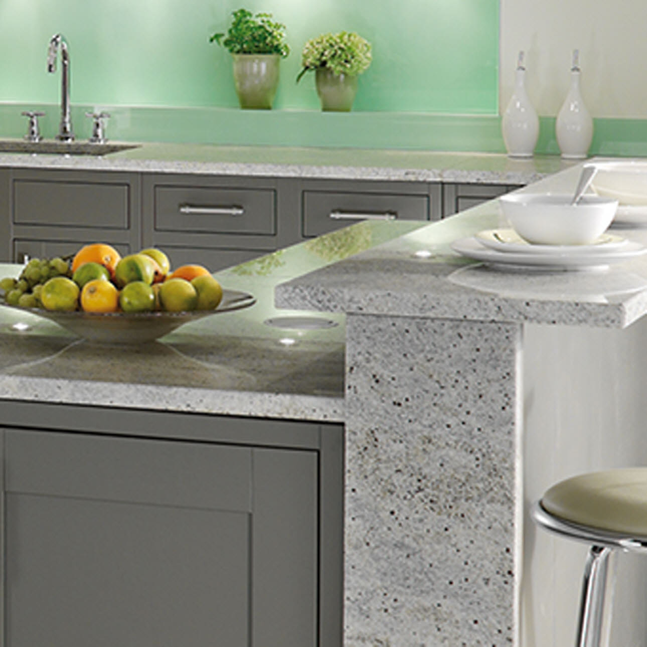 Magnet Kitchens Somerton Fern